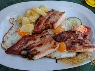 Eggs with ham Stara Promenada delivery