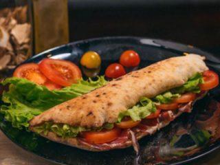 Sendvič pršuta Napolitana Pizza dostava