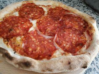 Pizza Ventricina Piccante Gelateria Quattro Emme dostava