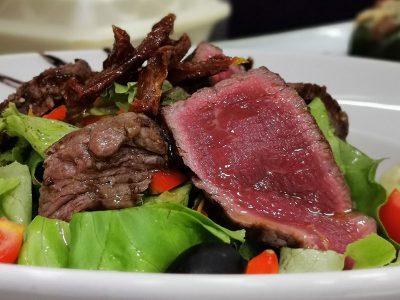 Biftek salata Restoran Gentlemen dostava