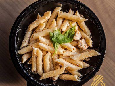 Salata pasta ćuretina dostava
