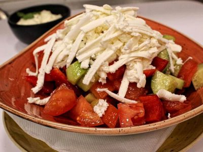 Šopska salata Restoran Gentlemen dostava