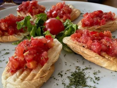 Brushetti with tomato Dolce delivery