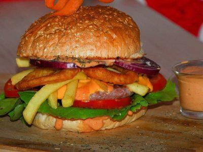 Crispy Burger Everest dostava