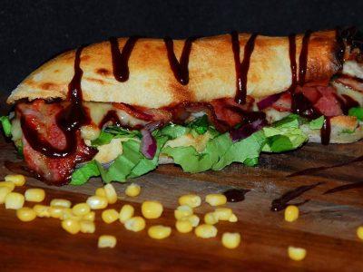 Jaja  i  slanina sendvič Everest dostava