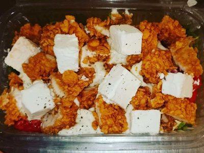 Piletina - feta salata Bulldog fast food dostava