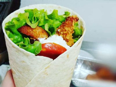 Hrskava piletina u tortilji Bulldog fast food dostava