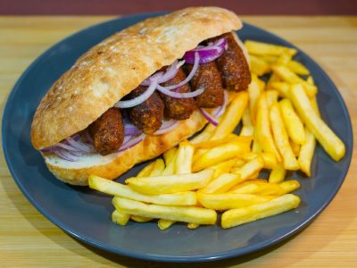 Cevapi in flatbread Vege House delivery