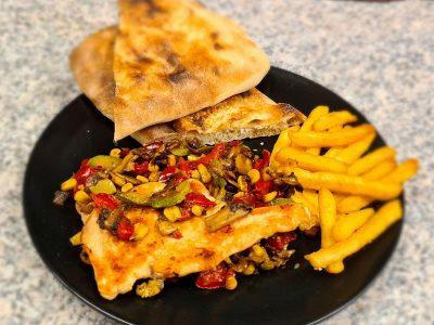 Grilovana piletina sa povrćem Naj pizza i sendvič bar dostava