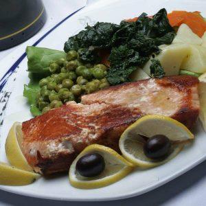 Grilled salmon Golub picerija delivery