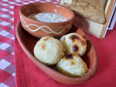 Mantles with cheese and sour milk Čarapanska Meana delivery