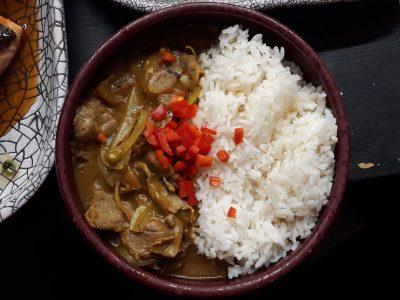 Piletina u kari sosu sa pirinčem Marukoshi dostava